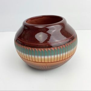 Navajo Indian Small Pottery Signed By C Billy Dine